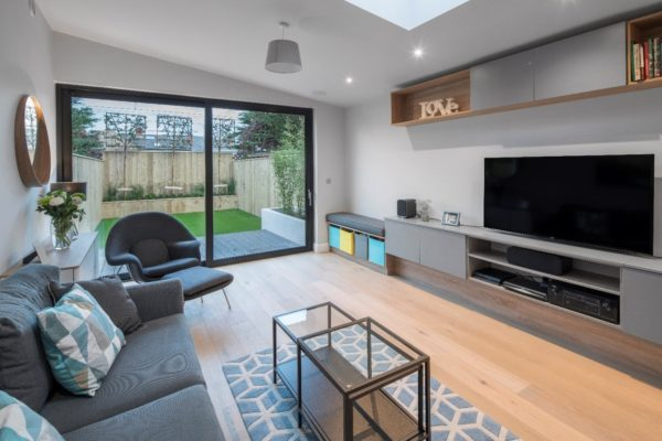 MAXIMISING NATURAL LIGHT IN THE HOME